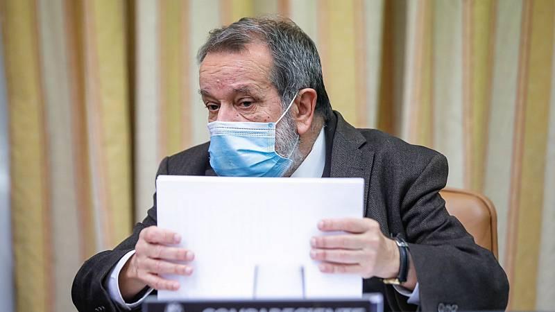 """14 horas - El Defensor del Pueblo recibe 26.000 quejas relacionadas con la pandemia: """"La sanidad requiere una gestión más eficaz"""" - Escuchar ahora"""