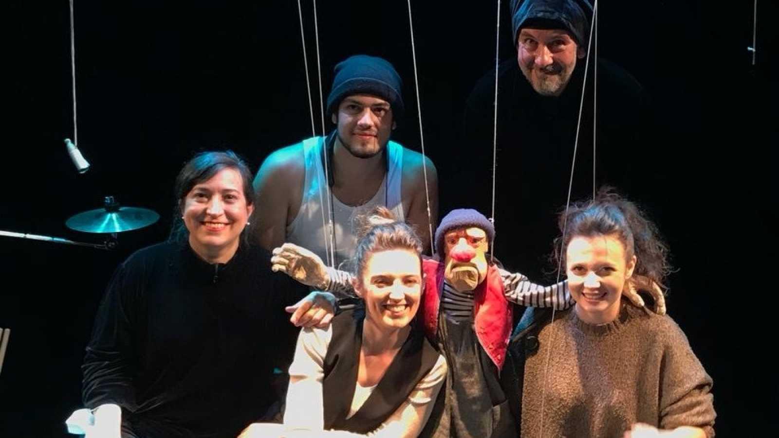 La sala - Títeres Etcétera, 25 años de cuentos en Los Silos y dramaturgia transmedia del Festival de Otoño de Madrid - 29/11/20 - escuchar ahora