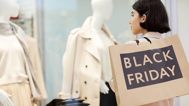 Marca tendencia - Black Friday y la pasión por los descuentos en moda - Escuchar ahora