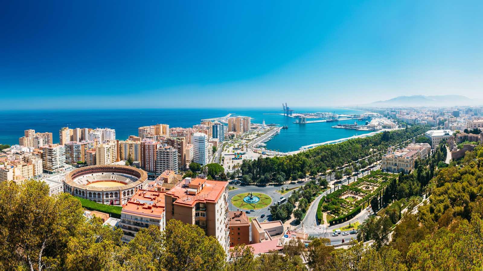 Emissão em português - Viajamos pela província andaluza de Málaga - 26/11/20 - escuchar ahora