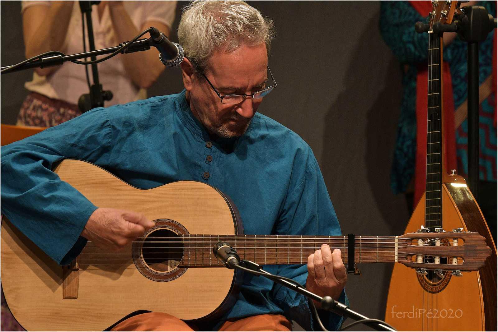 Tarataña - Eliseo Parra canta y bate - 28/11/20 - escuchar ahora