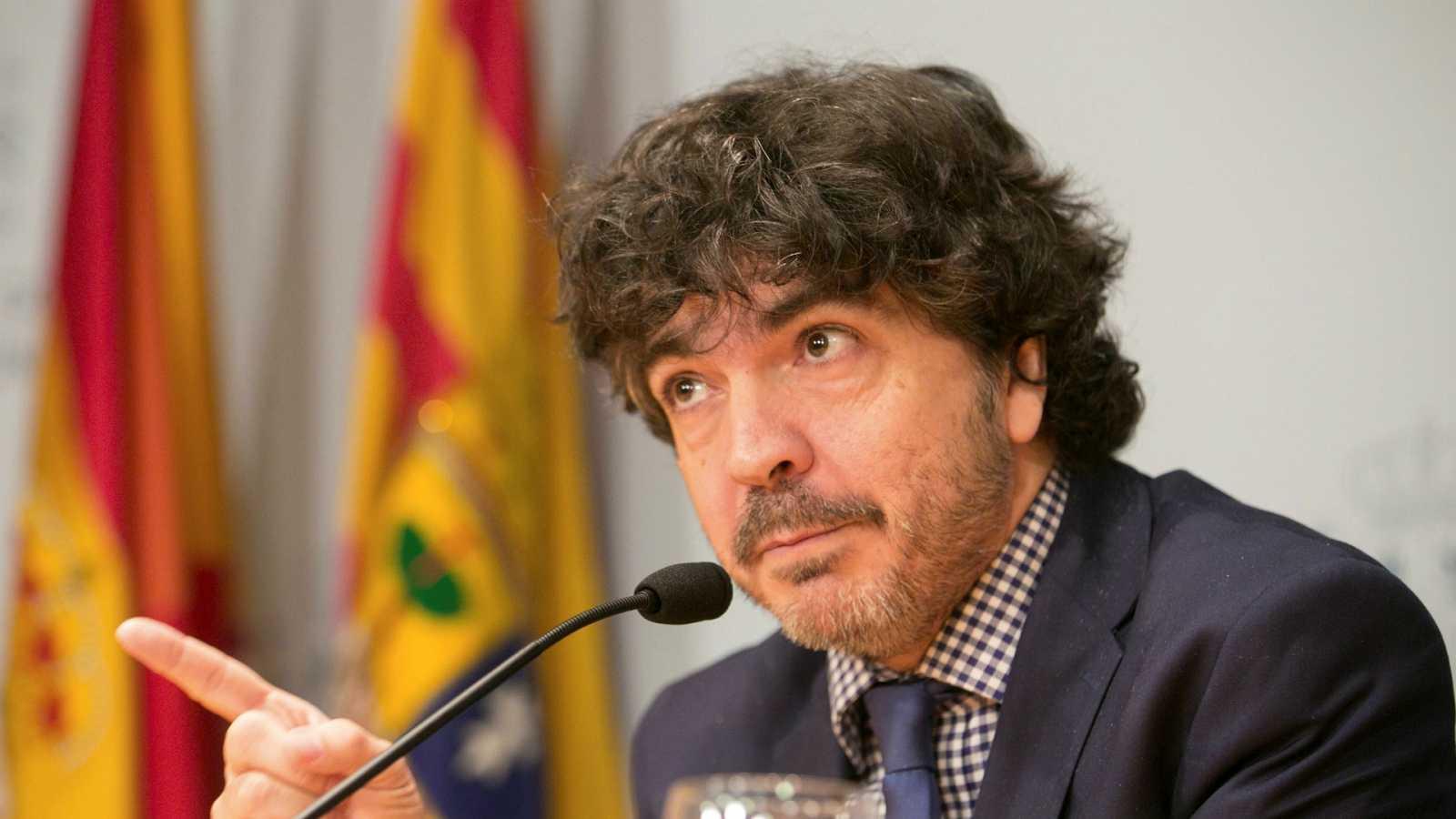"""Parlamento - Radio 5 - Mario Garcés (PP): """"El papel de Vox en la Comisión de Presupuestos ha sido calamitoso"""" - Escuchar ahora"""