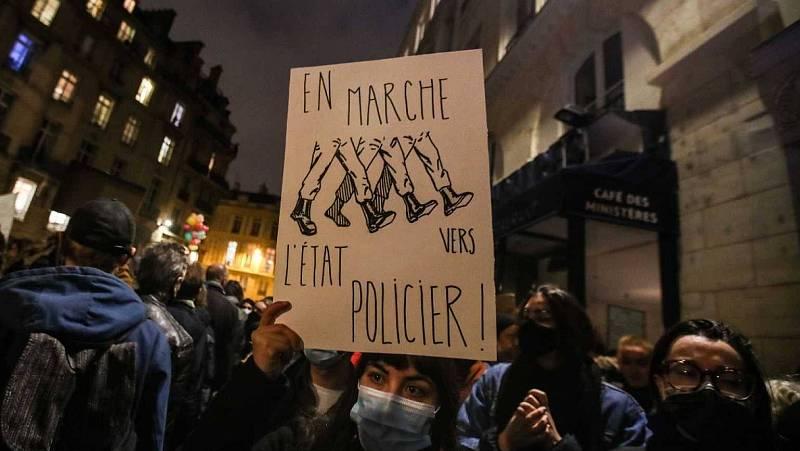 14 horas - Protestas en Francia contra el proyecto de ley que prohíbe grabar a los policías - Escuchar ahora