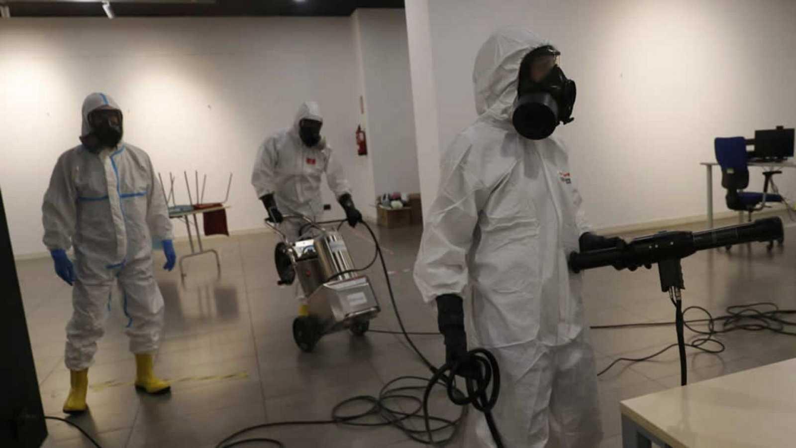 14 horas informativos Fin de Semana - El Ejército en Extremadura forma voluntarios para desinfección de edificios - Escuchar ahora