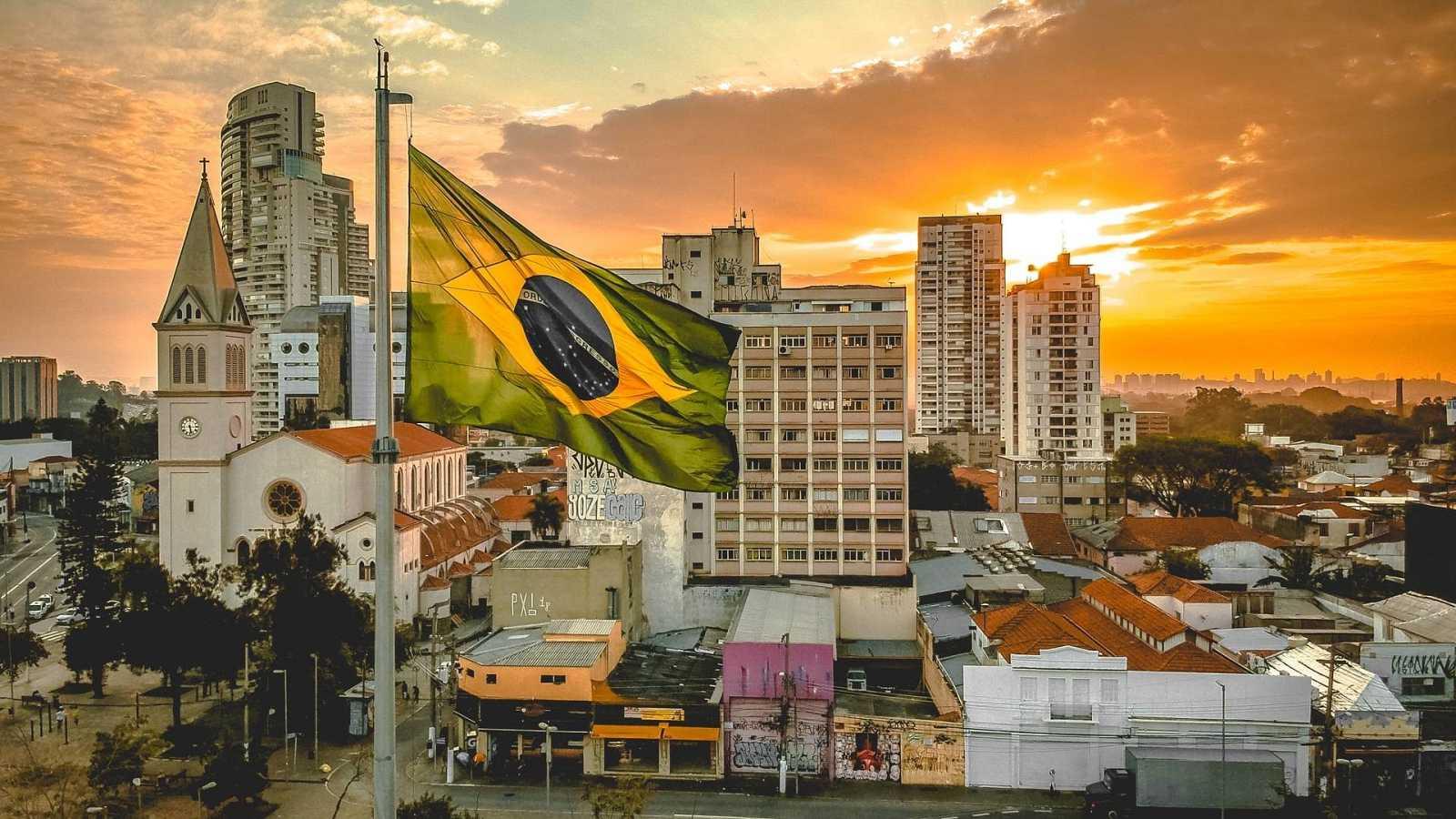 Cierra la puerta - Eu tenho Saudade (Ay, Brasil...) - 29/11/20 - escuchar ahora