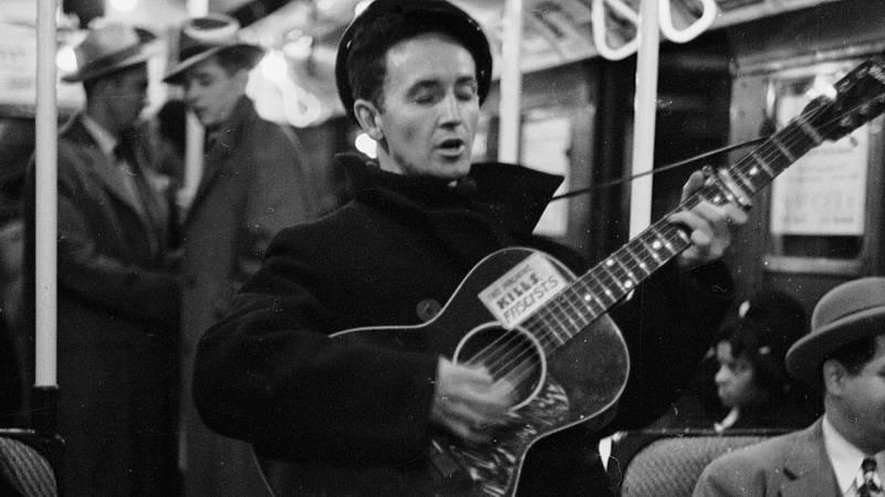 Rock and Roll High School - Cap. 39; Folk contemporáneo (1944-1961) - Escuchar ahora