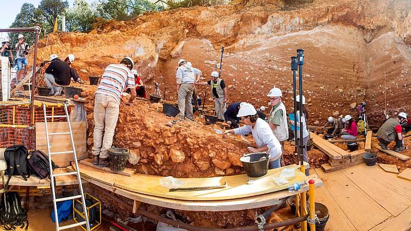 Más cerca - Atapuerca: 20 años como Patrimonio de la Humanidad - Escuchar ahora