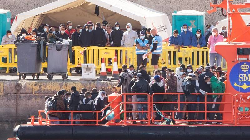 Por tres razones - La migración en Canarias desde todos los puntos de vista - 02/12/20 - escuchar ahora