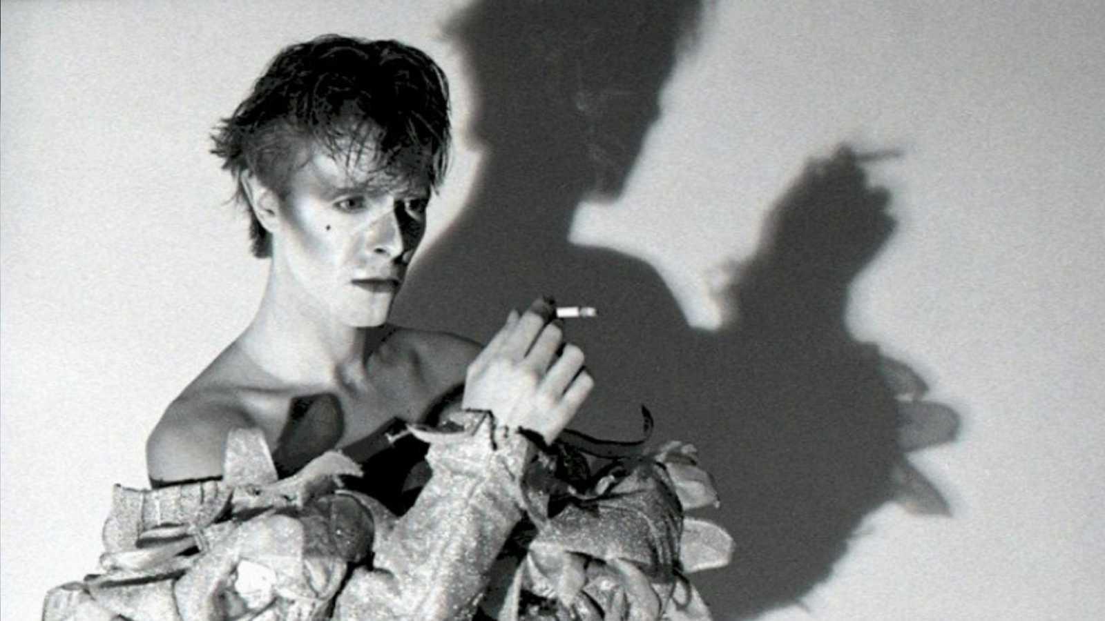 El sótano - Cosecha 1980 (V); David Bowie y Roky Erickson and the Aliens - 03/12/20 - escuchar ahora