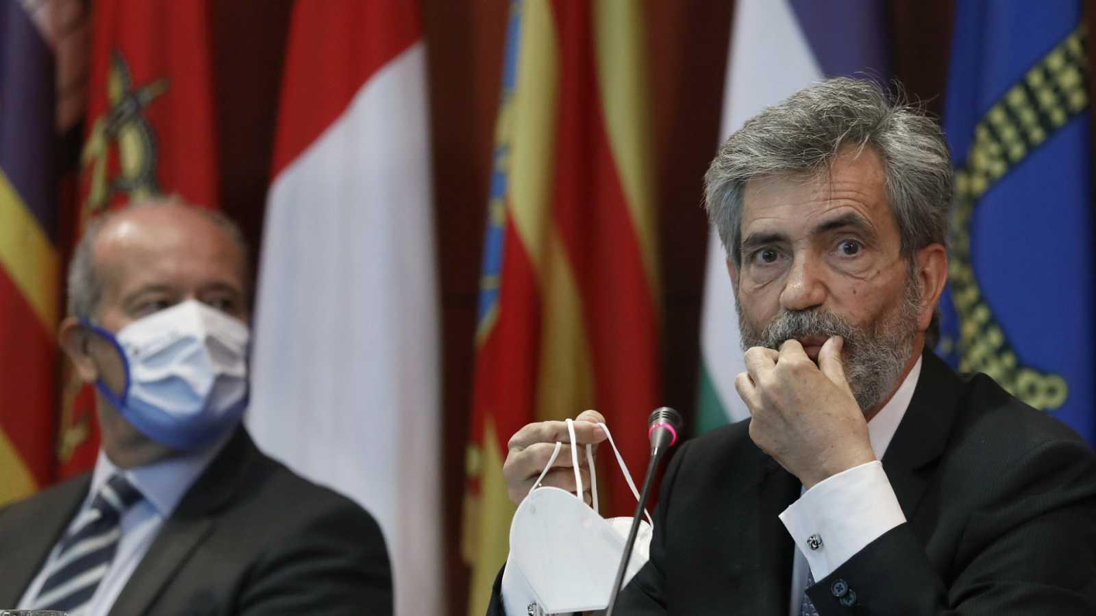 """14 horas - Bruselas vuelve a advertir al Gobierno de que """"debe consultar a todas las partes"""" para reformar el CGPJ - Escuchar ahora"""