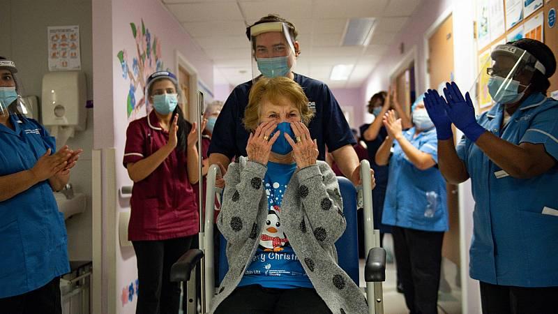 14 horas - Reino Unido comienza a inmunizar a su población con la vacuna de Pfizer-BioNtech - Escuchar ahora