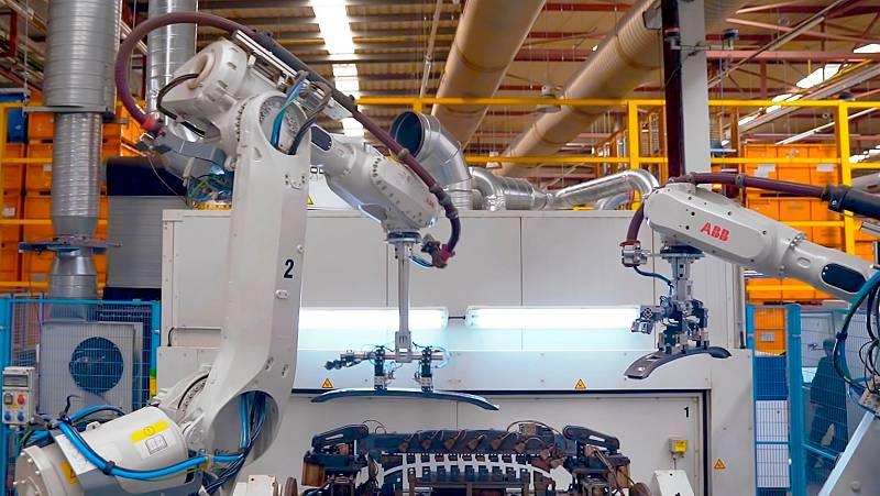 Las mañanas de RNE con Íñigo Alfonso - La primera fábrica conectada con 5G en España - Escuchar ahora