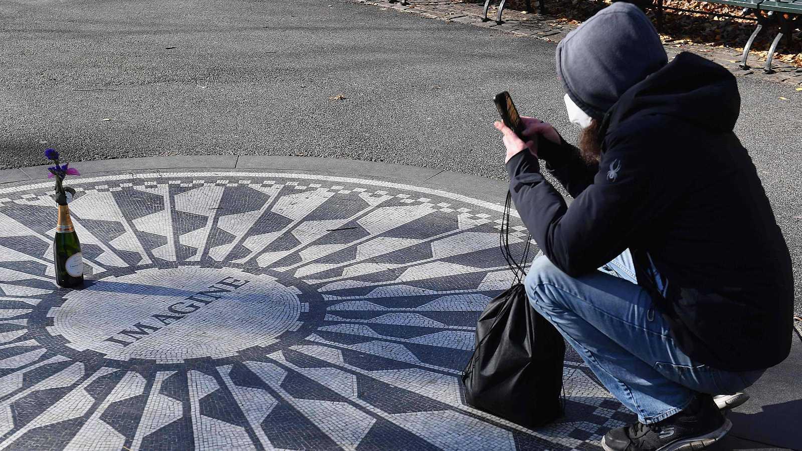 14 horas - El mensaje de Lennon sigue vivo 40 años después de su asesinato - Escuchar ahora