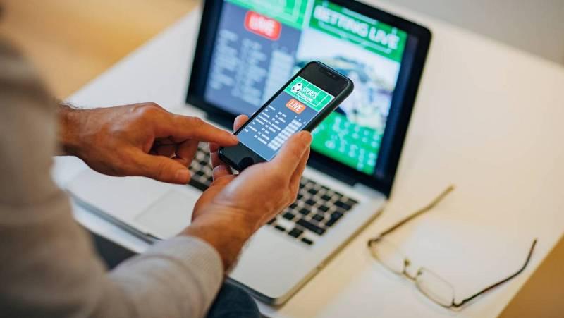 14 horas - Aumenta el uso compulsivo de juegos online y el consumo de cannabis en adolescentes - Escuchar ahora