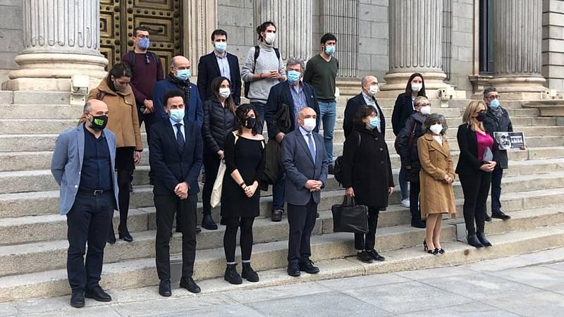 Boletines RNE - El Congreso aprueba la ley de eutanasia que continúa su camino hacia el Senado - Escuchar ahora