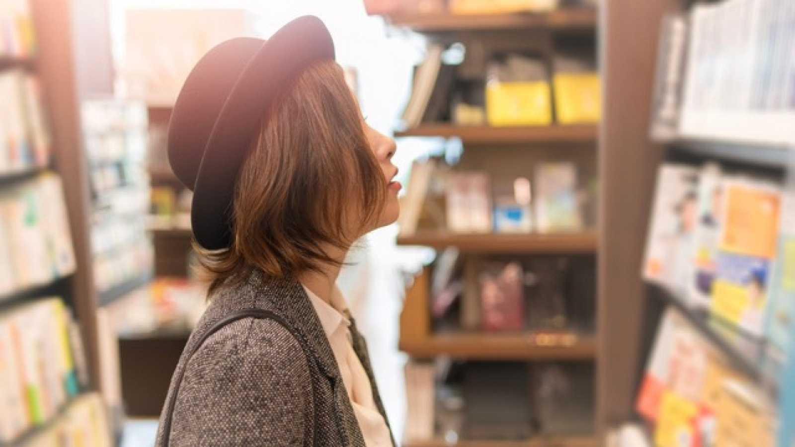 Marca tendencia - Editoriales de moda: la mejor moda para leer -Escuhar ahora