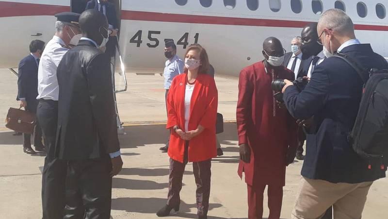 """Las mañanas de RNE con Íñigo Alfonso - Cristina Gallach: """"Ayudamos a Gambia en la gestión costera y en el ámbito económico"""" - Escuchar ahora"""