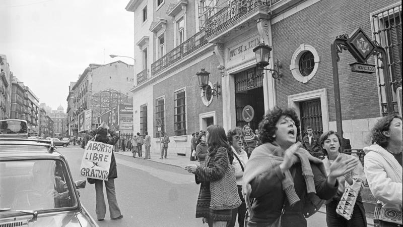 Artesfera en Radio 5 - Mujer y Memoria: el activismo político de las mujeres antes de la Democracia - 19/12/20 - Escuchar ahora