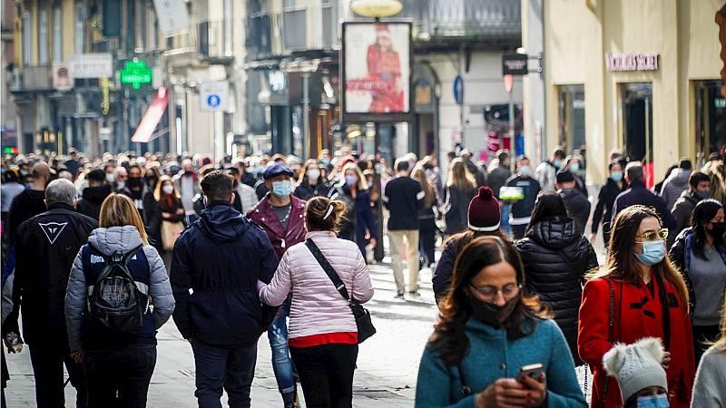 14 horas Fin de Semana - Europa se cierra en Navidad ante el miedo de que empeore la situación de la pandemia - Escuchar ahora