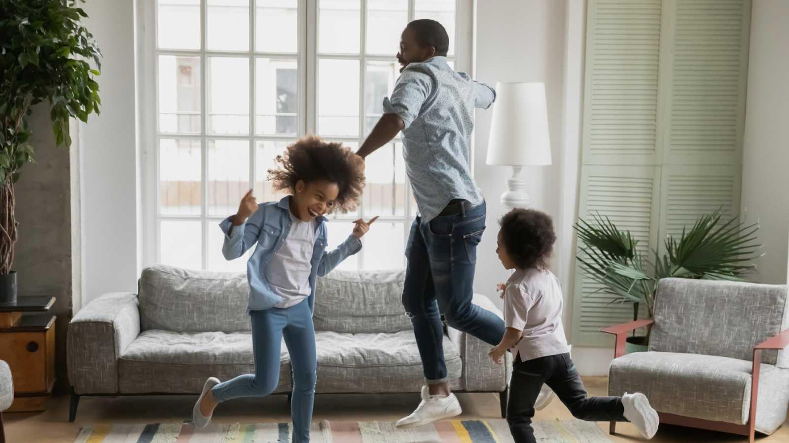 Mamás y papás - Educar en la emoción - 20/12/20 - Escuchar ahora