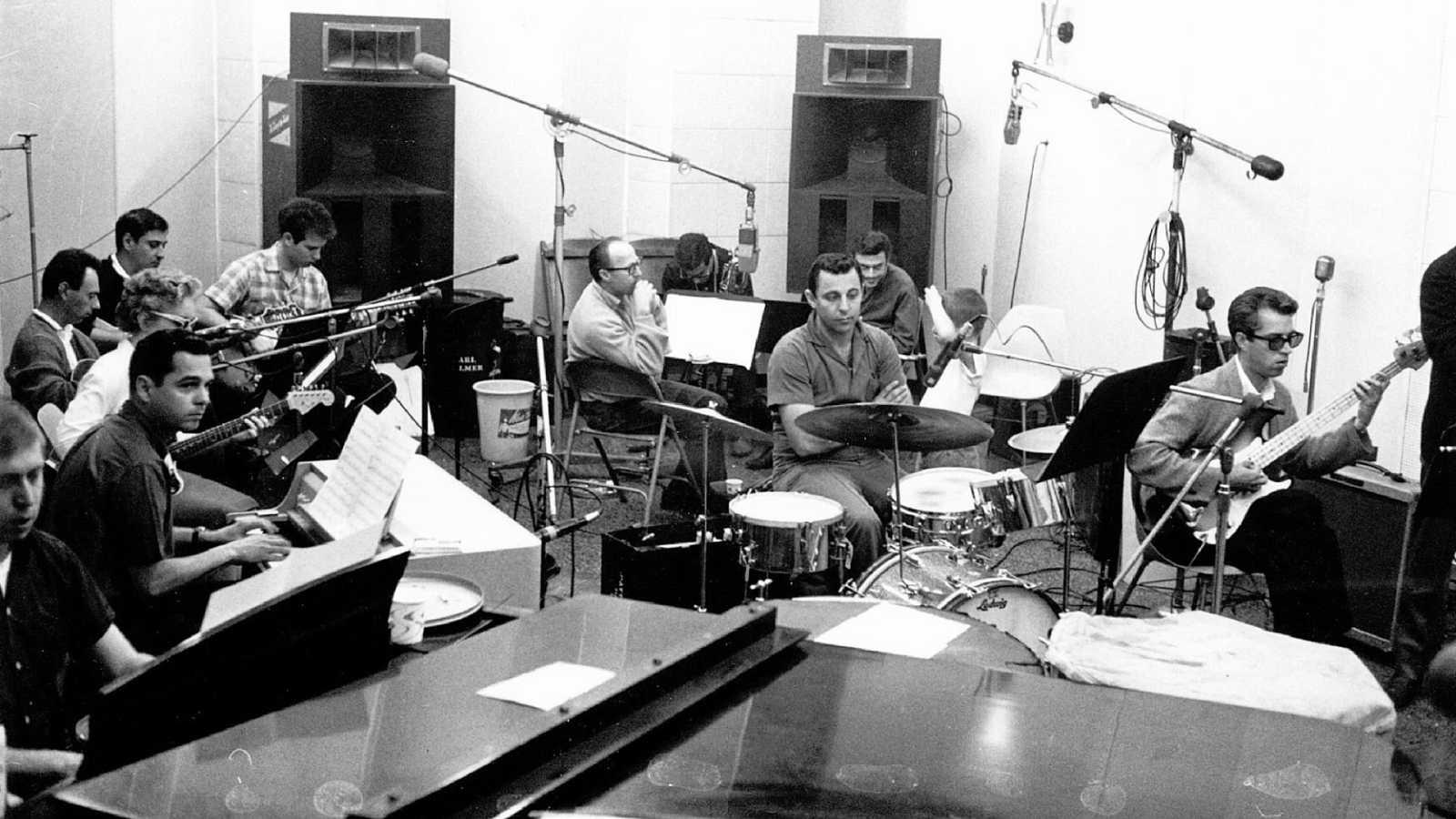 Rock and Roll Highschool - Cap. 43; Campamento Wrecking Crew (I) (1962-1966) - Escuchar ahora