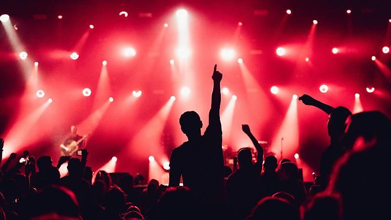 Más cerca - Un estudio comprueba la seguridad de los conciertos - Escuchar ahora