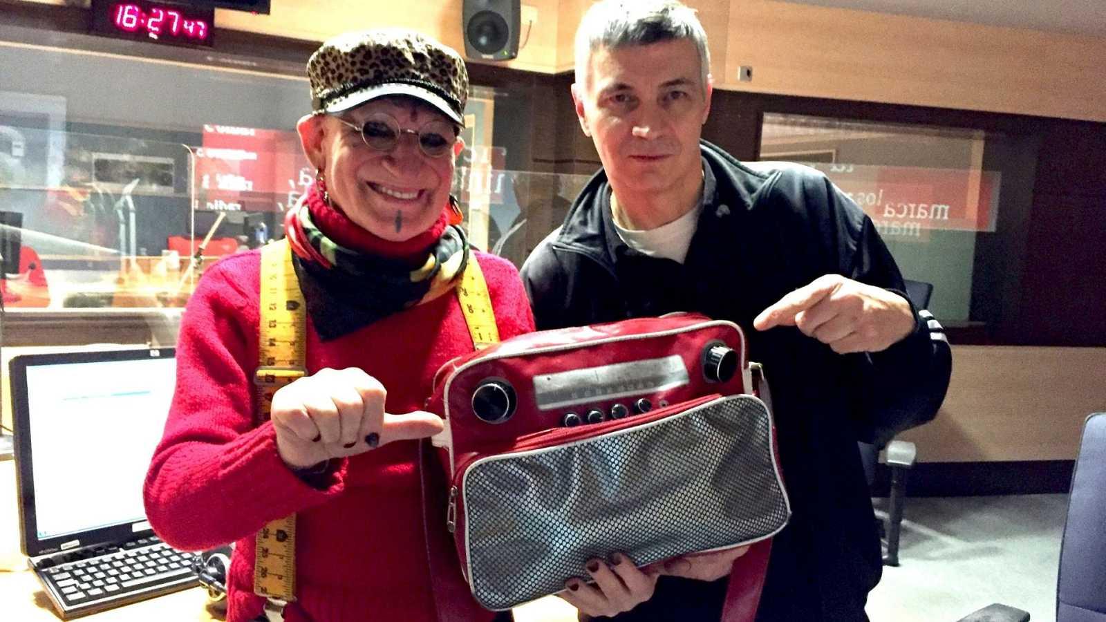 Las cuñas de RNE - Especial Nochevieja con Paco Clavel y Juan Sánchez - Escuchar ahora