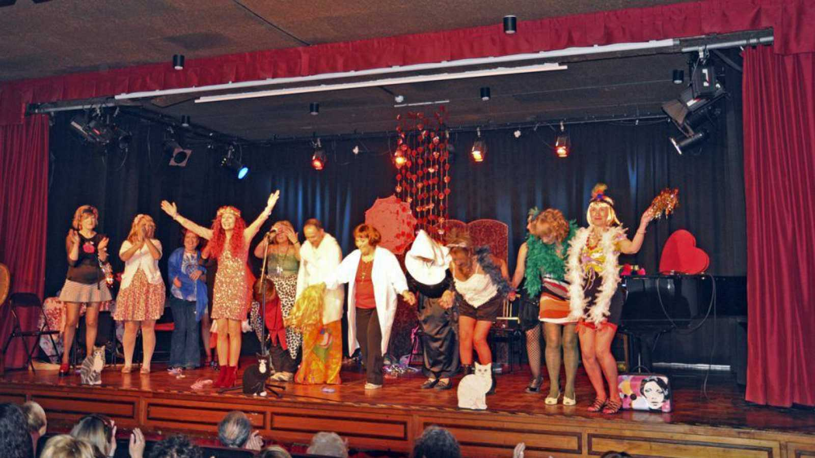 Punto de enlace - La Asociación Basterra impulsa espectáculos en español - 04/01/21 - Escuchar ahora