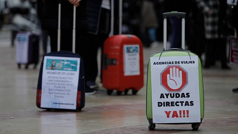 """Las mañanas de RNE con Íñigo Alfonso - La patronal del turismo reclama al Gobierno ayudas directas: """"No se pueden curar hemorragias con tiritas"""" - Escuchar ahora"""