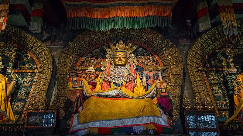 La vuelta al mundo con Miquel Silvestre - Conociendo el budismo de Mongolia 7 - 26/11/20 - Escuchar ahora