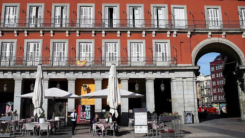 14 horas - Madrid adelanta el toque de queda a las 11 de la noche y cierra la hostelería a las 10 - Escuchar ahora