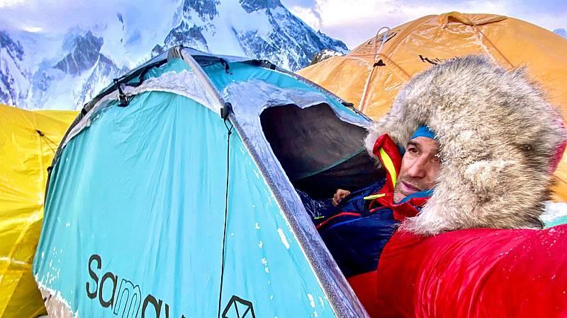 Boletines RNE - Fallece el alpinista Sergi Mingote a causa de un accidente en el K2 - Escuchar ahora
