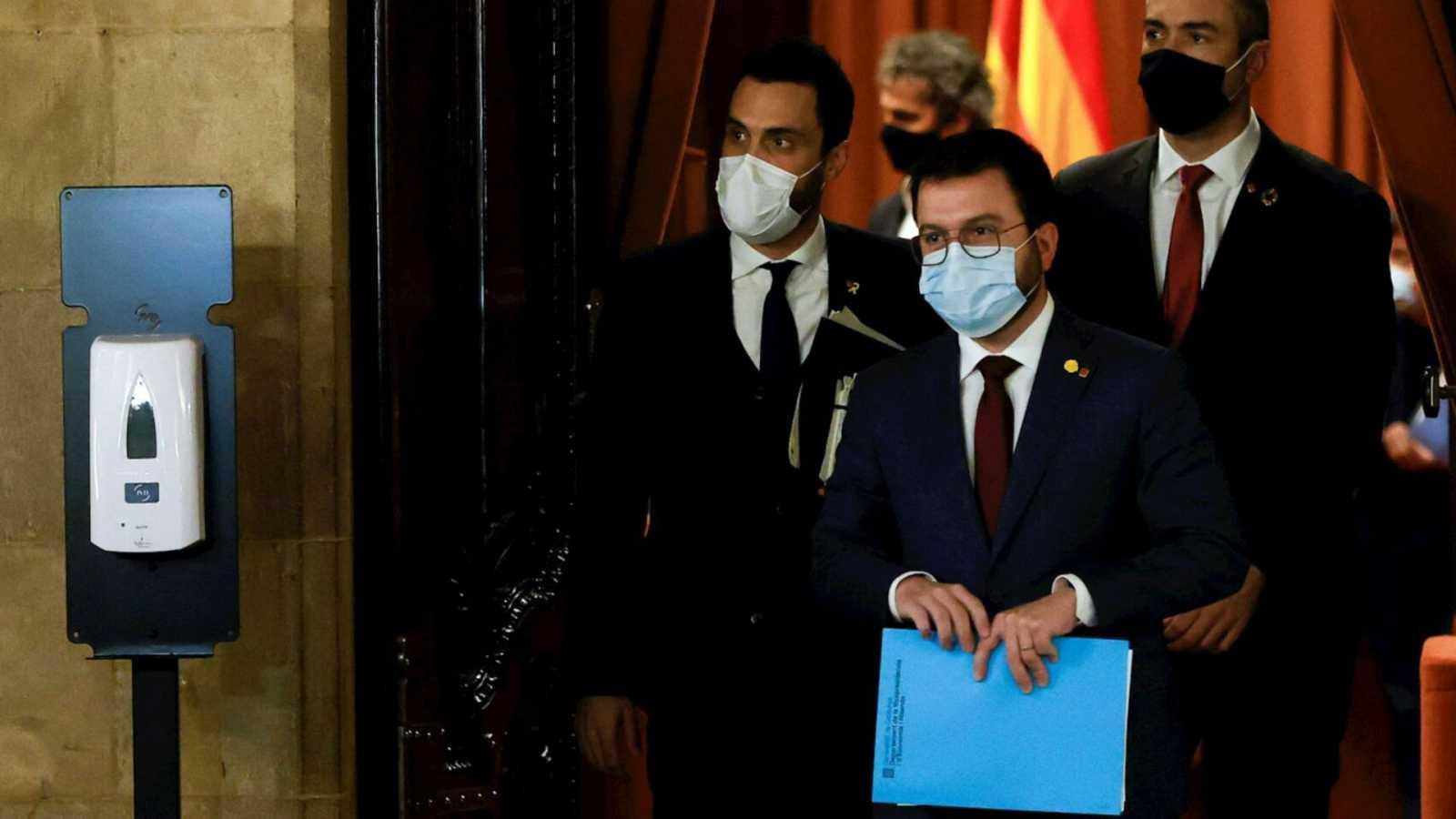 Boletines RNE - La Lliga Democrática presenta el primer recurso por el aplazamiento de las elecciones catalanas - Escuchar ahora