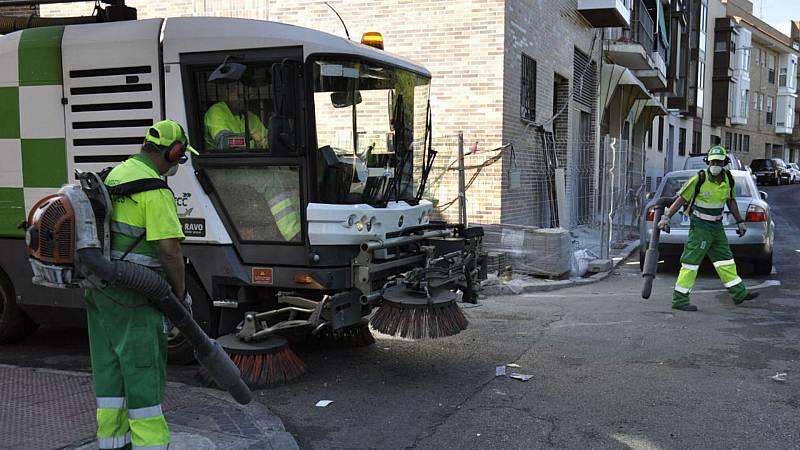 14 horas - Se intensifica la limpieza de las alcantarillas para evitar inundaciones en Madrid - Escuchar ahora