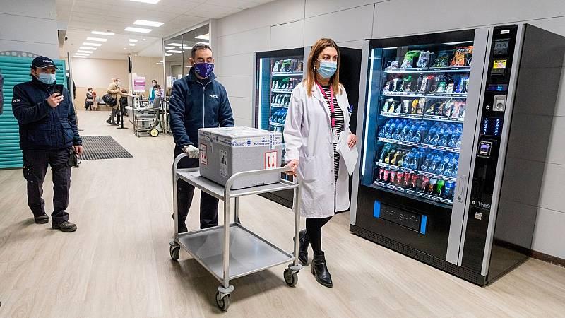 14 horas - Los expertos piden protocolos claros para no desperdiciar vacunas si fallan los pacientes citados - Escuchar ahora