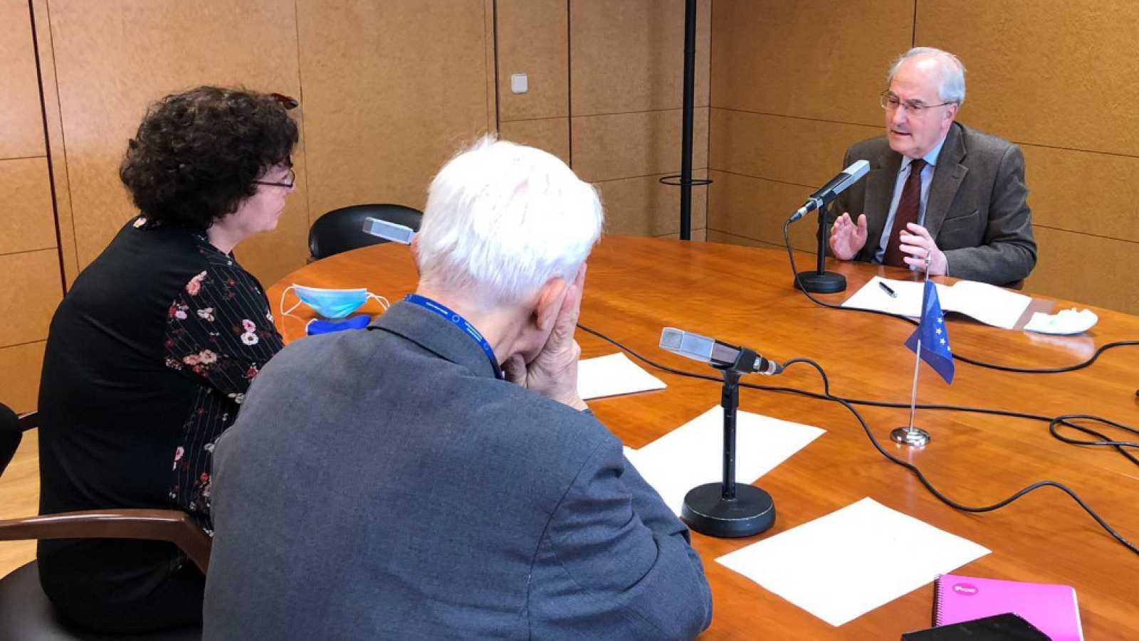 """Europa abierta - Francisco Fonseca, Comisión Europea en Madrid: """"Es necesario el consenso para aprovechar los fondos europeos"""" - Escuchar ahora"""
