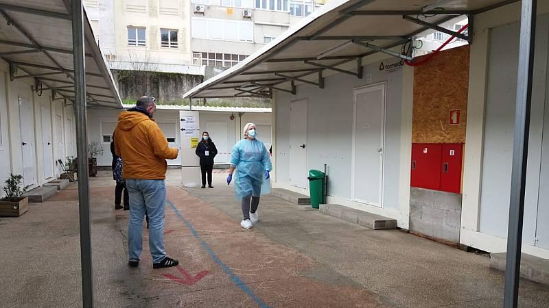 14 horas Fin de Semana - Portugal celebra elecciones en pleno confinamiento con previsión de una alta abstención - Escuchar ahora