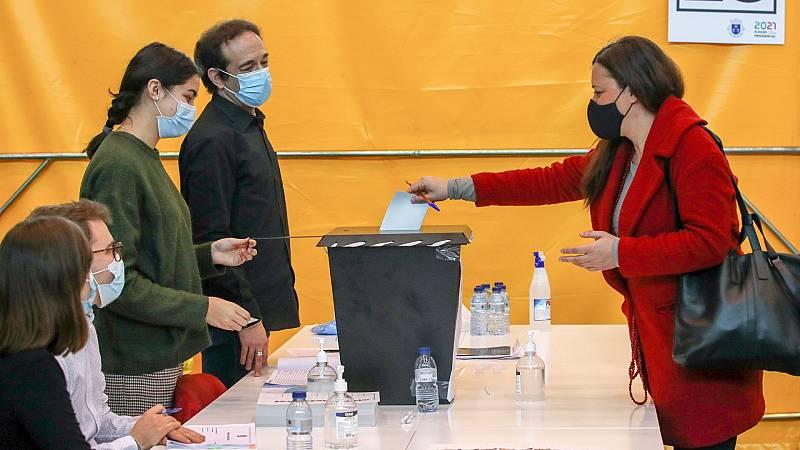 24 horas - Mesa del mundo: votar en pandemia - Escuchar ahora