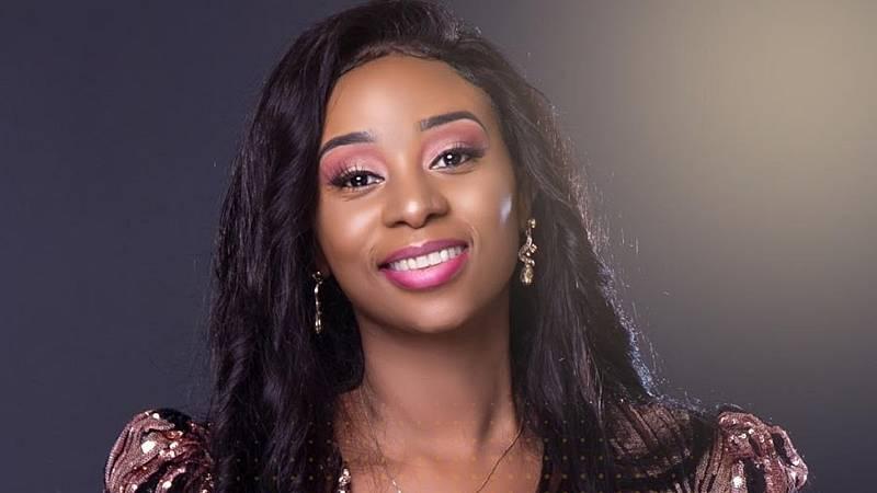 Universo pop - La cantante senegalesa Adiouza lanza nuevo single - Escuchar ahora