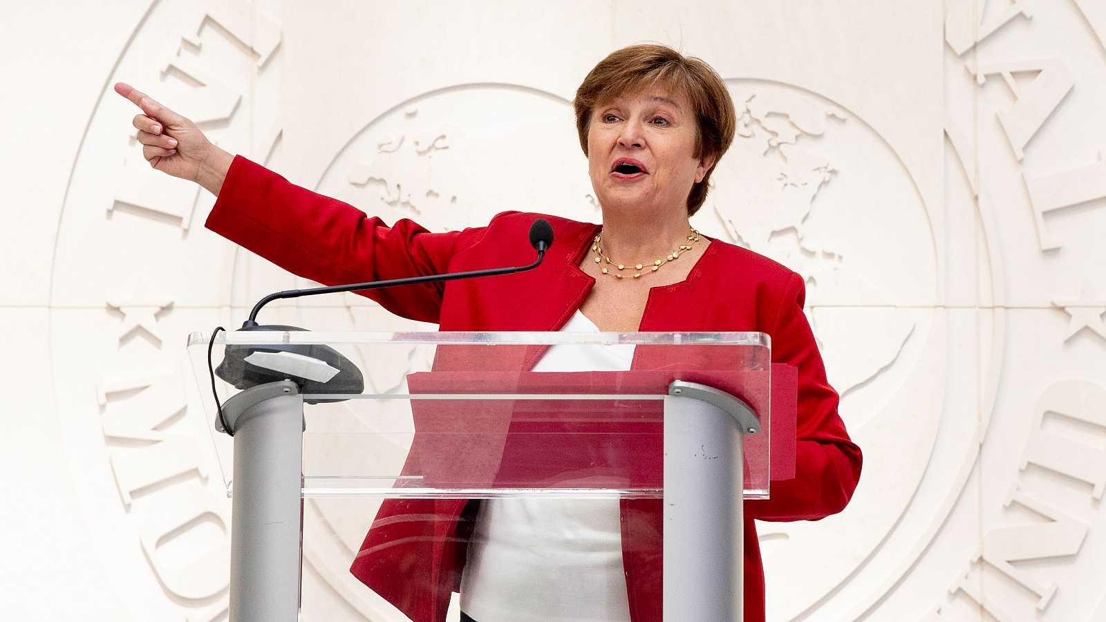 14 horas - El FMI empeora las previsiones de España por el retraso en la vacunación y las nuevas cepas del virus - Escuchar ahora