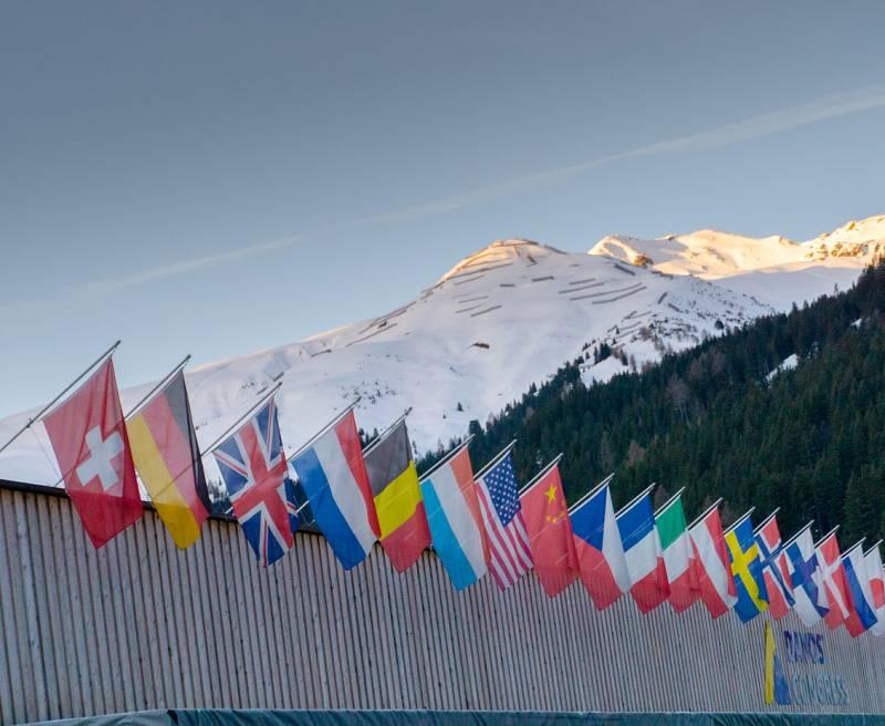 24 horas - El Foro de Davos centra su debate en el reparto de las vacunas - Escuchar ahora