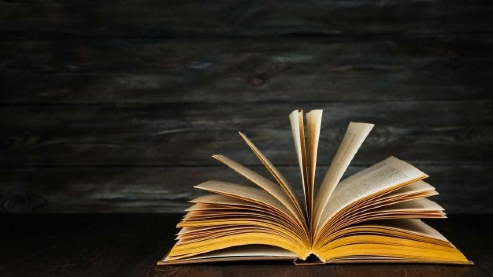 Todos somos sospechosos - Poesía fantástica, naturaleza y libros antiguos - 29/01/21 - escuchar ahora