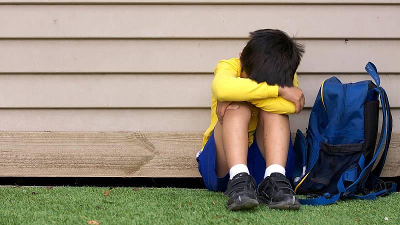 Más cerca - Un estudio mide la efectividad de los programas contra el acoso escolar - Escuchar ahora