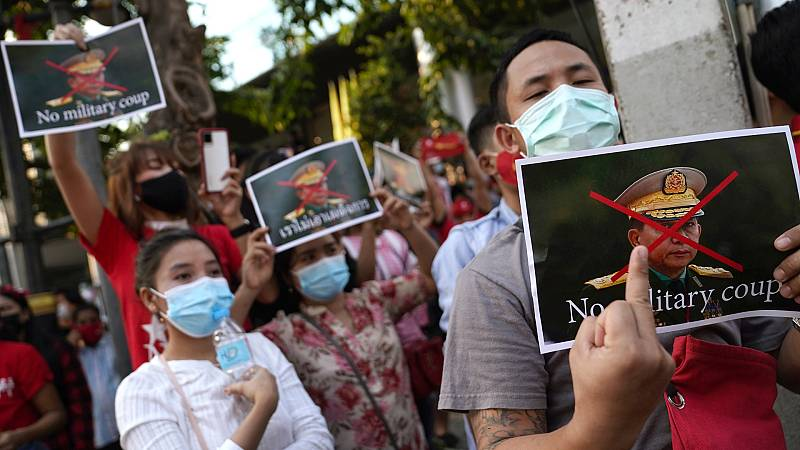 """14 horas - Golpe de Estado en Myanmar: """"El desarrollo de las libertades en Asia-Pacífico ya lleva unos años en retroceso"""" - Escuchar ahora"""