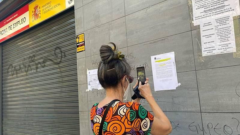 Boletines RNE - España roza los 4.000.000 de parados tras los datos al alza de enero - Escuchar ahora
