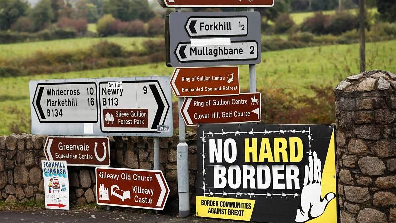 14 horas - Irlanda del Norte suspende los controles fronterizos por amenazas - Escuchar ahora