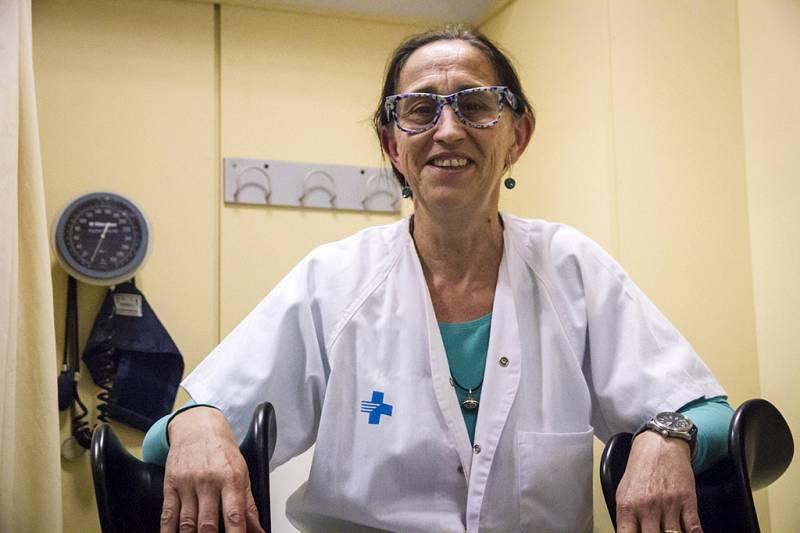 Plurals i singulars - Entrevista a Rosa Almirall, creadora de la unitat de Trànsit de l'ICS - escuchar ahora