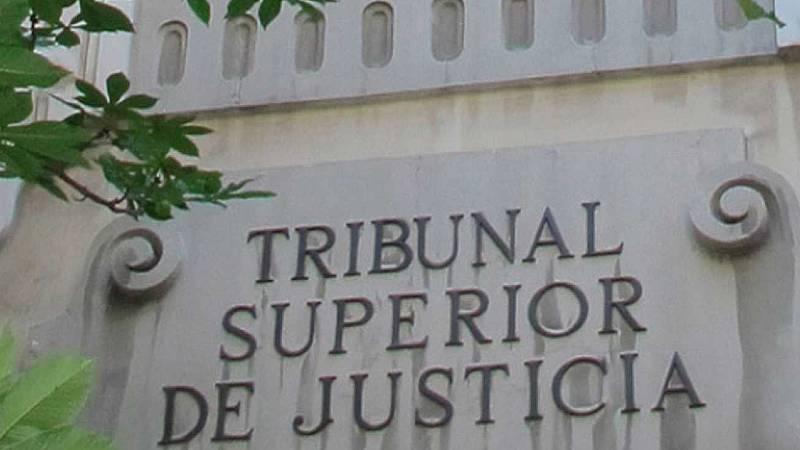 Boletines RNE - El TSJ de Cataluña considera abuso una violación de 5 hombres a una menor - Escuchar ahora