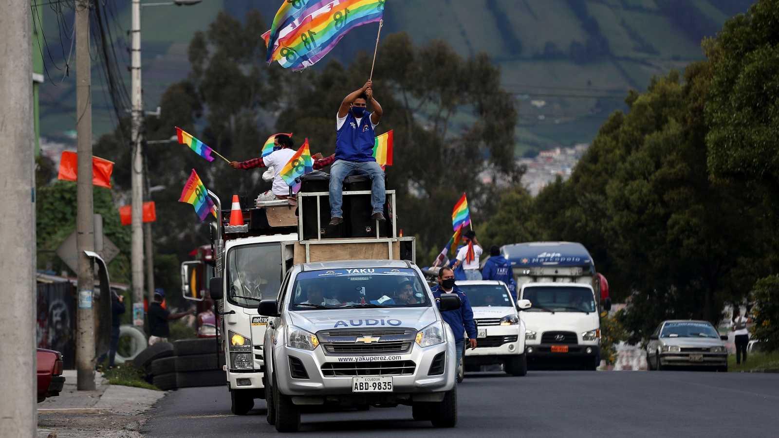 Reportajes 5 Continentes - Elecciones presidenciales y parlamentarias en Ecuador - Escuchar ahora