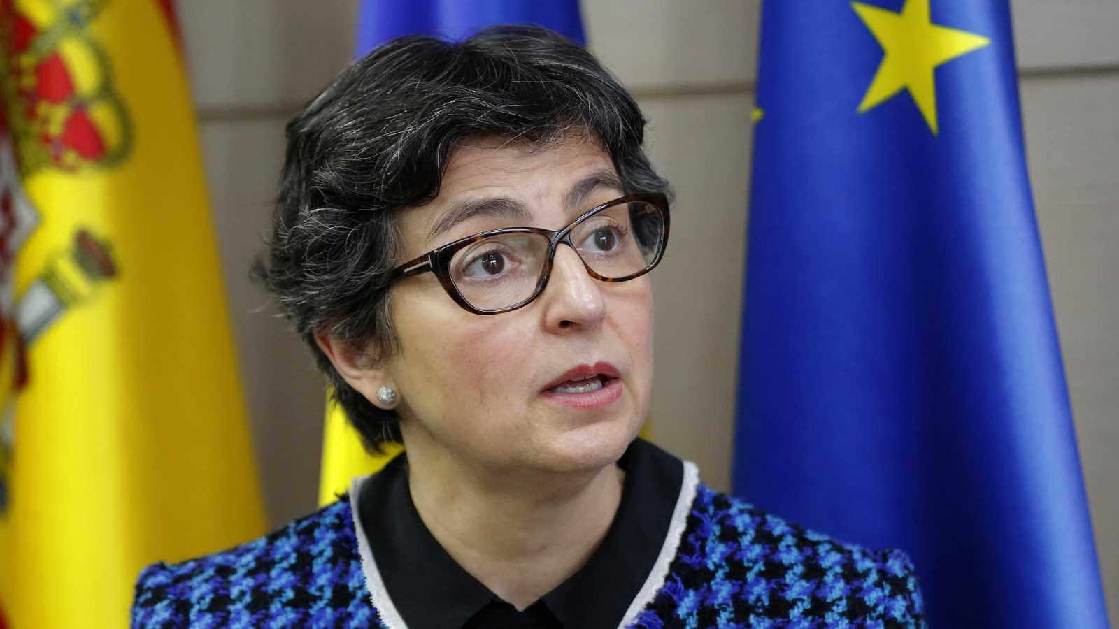 """Boletines RNE - Laya responde al ministro de Exteriores ruso: """"En España hay políticos presos, no presos políticos"""" - Escuchar ahora"""